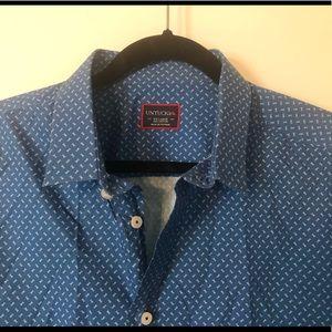 UNTUCKit Mens Button down dress shirt